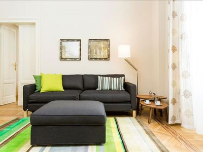 Photo for Spacious Madame Butterfly II apartment in Porta Vittoria with WiFi, air conditioning & lift.