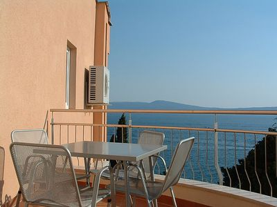 Photo for One bedroom Apartment, sleeps 4 in Selce with Air Con