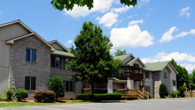 Photo for 4 Bedroom 4 Bath Woodstone Meadows Condo W/ Kitchen Massanutten Resort Sleep 12