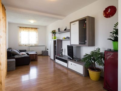 Photo for Comfortable apartment in Valizza-Umag, surrounded by greenery, air-conditioned, WiFi
