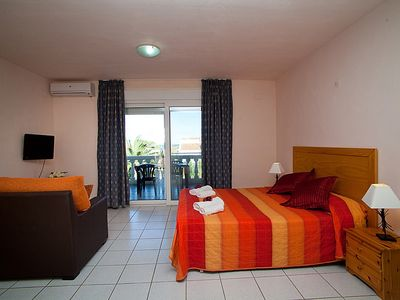 Photo for Apartment in Riumar with Internet, Pool, Air conditioning, Parking (89953)