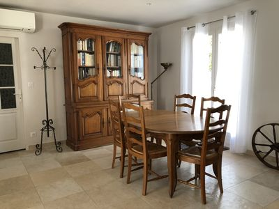 Photo for Family house 4 bedrooms in La Couarde, near the center and the beach
