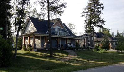 Kew Cottage - A Tranquil Getaway, Bayfield, Ontario