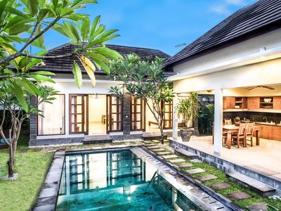 Photo for 3 bedroom villa with private pool and garden between Canggu and Seminyak + scooter