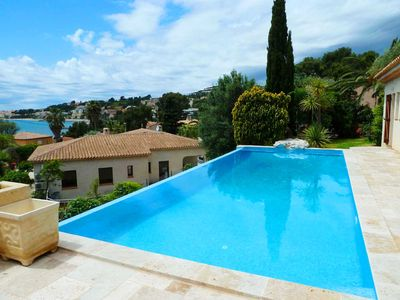 Photo for Family villa with pool and sea view terrace 400 m from the beaches