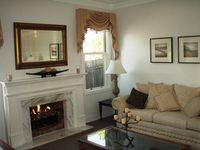 Perfect couples retreat in central location and beautifully presented,everything at your finger tips