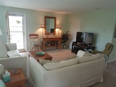 Photo for 3 Bedroom  Cozy Home,  3 Blocks to Beach, Easy walk to Everything