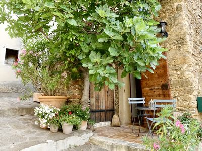 Photo for Charming house for rent in the heart of the medieval village of Bormes