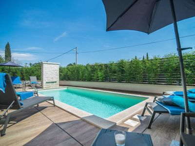 Photo for Vacation home Villa Abyss in Rovinj/Rovinjsko Selo - 8 persons, 4 bedrooms