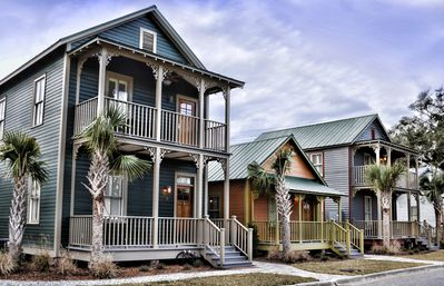 Photo for 804A - Cottage with Lots of Southern Charm on Main Floor