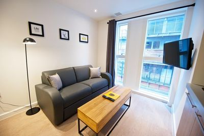 Manchester Piccadilly Two Bedroom Sleeps 5 - Living Area