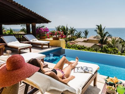 Photo for LAST MINUTE OFFER Casual Elegance at Four Seasons Private Villas.