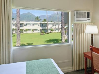 Photo for Great Find! Comfy Unit for 2 Guests, Pool! Close to Attractions