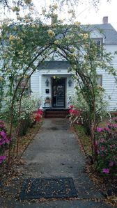 Photo for Quaint Cottage in Georgetown