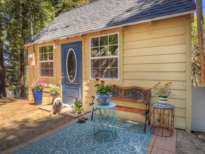 """Photo for Historic """"Bugsy"""" Cottage - Rustin & Modern style"""