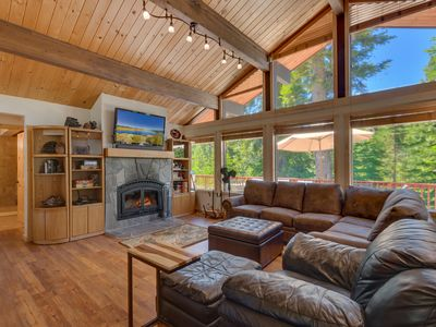 Photo for *Free Hi Speed WIFI*Walk to Tahoe City *Breathtaking Views W/ Hot Tub*PoolTable