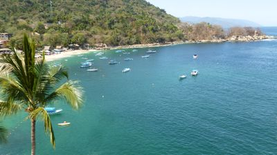 Photo for Mismaloya oceanfront condo, beach, pool, tennis court, Jacuzzi and sunsets!