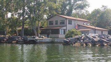 Pleasing Chaumont Bay Lake Lodge Off Lake Ontario Download Free Architecture Designs Licukmadebymaigaardcom