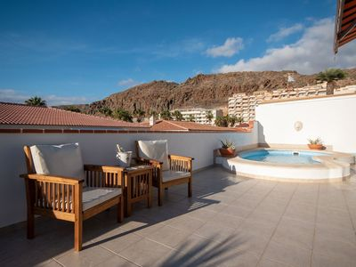 Photo for Nice apartment for 1 people with WIFI, private pool, TV and parking