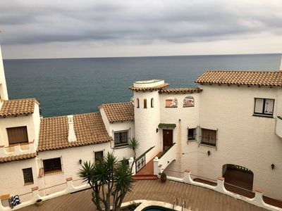 Photo for Stunning Sea Side Apartment on the Cliffs