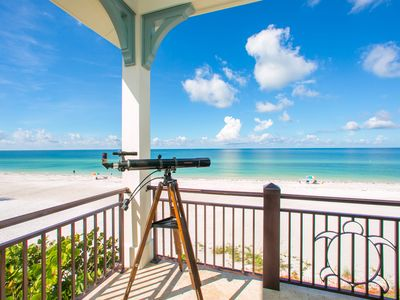 Tarpon Lookout: immaculate Direct Gulf Front Home w/ Heated Pool and Hot Tub