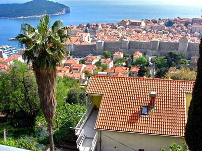Photo for 2BR Apartment Vacation Rental in Dubrovnik-Neretva County, Op?ina Dubrovnik