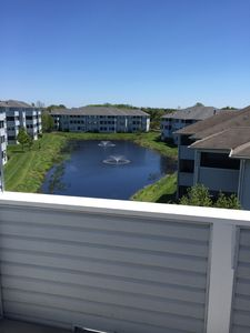 Photo for 4 Br 3 Ba, Two-Level Water View, 2 Decks, 3 Pools, Tennis Courts, Sleeps 10 easy