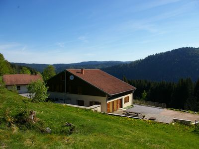 Photo for Cottage for 12 people - near the lake - beautiful views of the crests