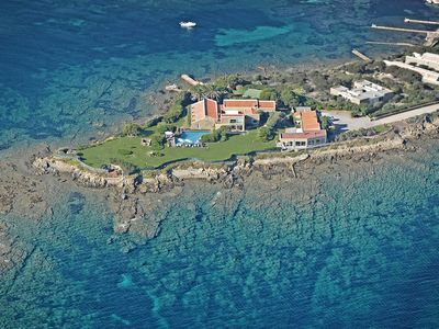 Photo for Splendid Villa pieds dans l'eau in a spectacular location by the sea
