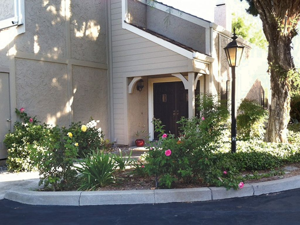 Strategically Located In The Beautiful Neighborhood Of Willow Glen In San Jose