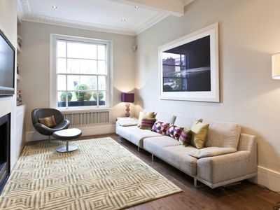Photo for Chepstow Villas - luxury 2 bedrooms serviced apartment - Travel Keys