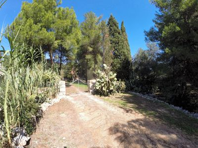 Photo for Trullo panoramic on the Adriatic Sea with large garden
