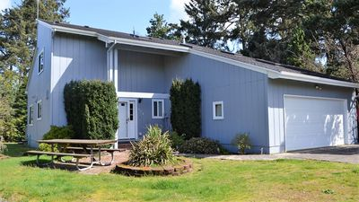 Photo for 3Br/2Bath Gearhart, New Furniture, New Flooring, Fireplace,