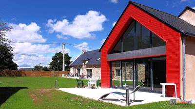 Photo for Large cottage less than 5 km from the sea, Vannes ... Heated indoor pool