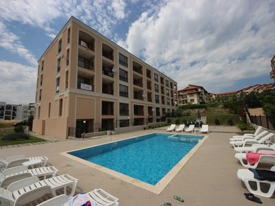 Photo for Villa Yurta Complex - Modern apartment in quiet neighborhood - Sveti Vlas