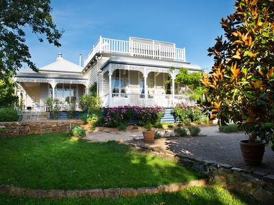 Photo for 4BR House Vacation Rental in Daylesford, VIC