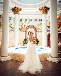 Your own private spa and indoor hot tub, massage room, and perfect for weddings
