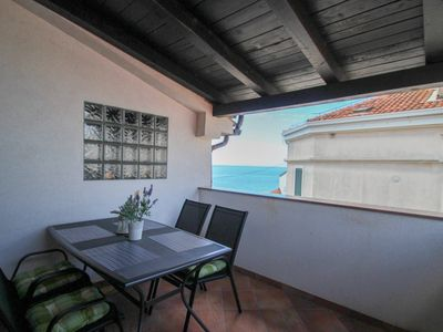 Photo for Studio with sea view directly on the sea