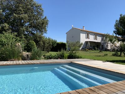 Photo for Complete accommodation 1st floor of a Provencal house, open view of the ponds