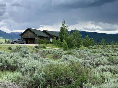 Teton Valley Home on 5 Secluded Acres, Hot Tub, Views, 5 min from Town