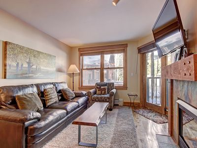 Photo for Modern Ground Floor Unit in the Springs - 1 Minute Walk to the Gondola!