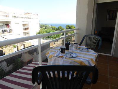 Photo for Holiday apartment in the Fané de Dalt area with sea views from the terrace. Floor of thre