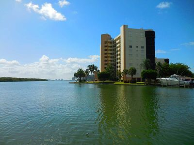 Photo for Secluded Waterfront  Harbour Pointe End Unit offers bay, beach, and boats
