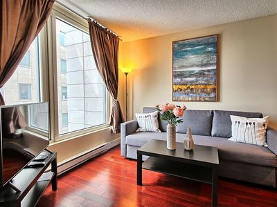 Photo for Old port flat, king bed, 2 beds, metro & parking