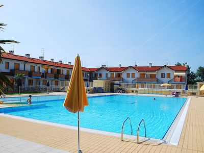Photo for Apartment 123 m from the center of Rosolina Mare with Parking, Internet, Air conditioning, Pool (642080)
