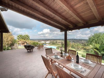 Photo for Beautiful villa with garden and pool, located in the countryside between Modica and Ragusa