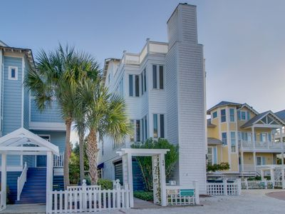 Photo for Beach cottage with ocean views, rooftop deck, and shared pools!