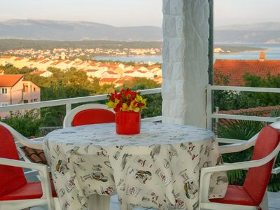 Photo for Apartment for 4 persons with sea view, WiFi, Parking, BBQ