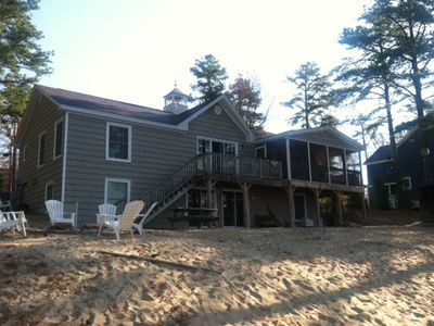 Photo for Beautiful beach front house, 6 bedrooms, 4 bathrooms. Beautiful views!!!