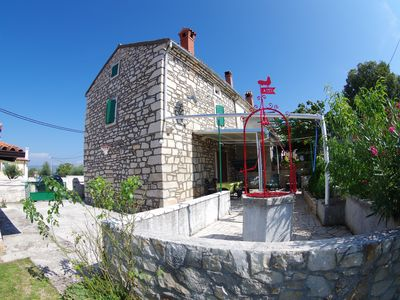 Photo for Authentic Istrian house with beautiful garden in village Rakalj